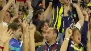 Istanbul: allo stadio solo donne e bambini
